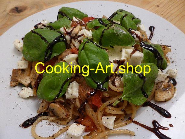 Mozzarella auf Pasta
