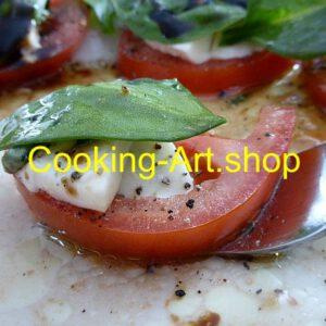 Mozzarella mit Tomate und Grün, groß